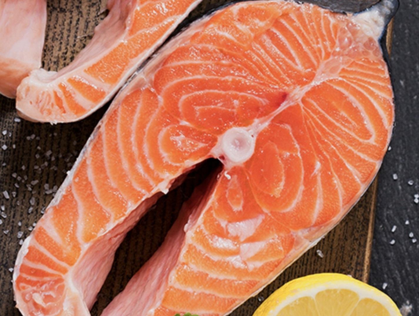 Семга (лосось) слабосоленая